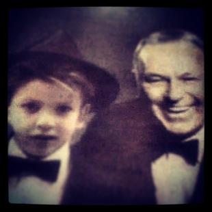 Young Dakota with Frank-Sinatra